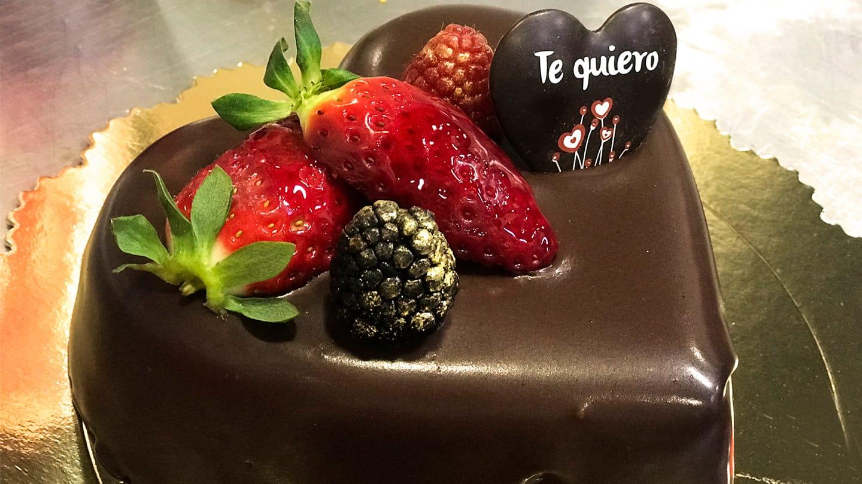 Hacemos tu tarta  de San Valentín realidad